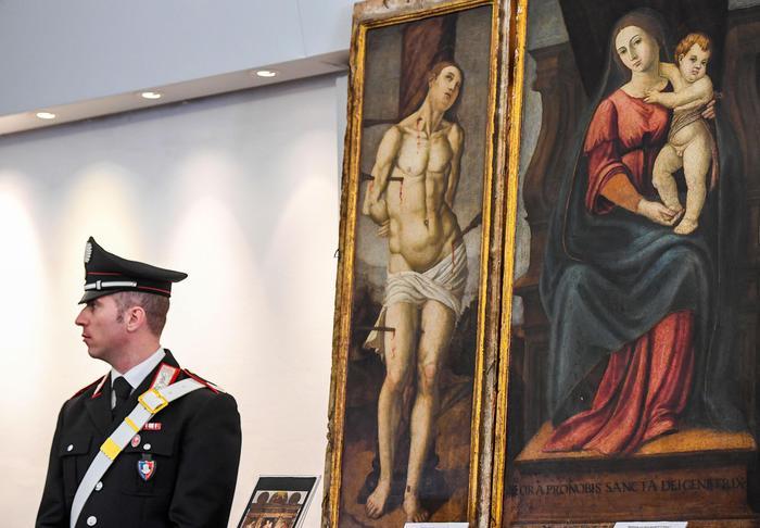 Recuperate 37 opere d'arte. 5 rubate da chiese della provincia de L'Aquila